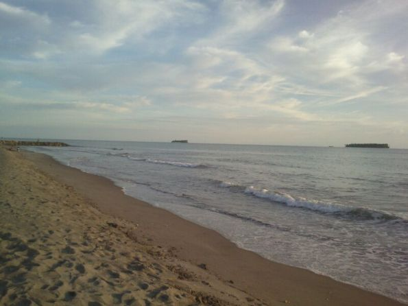 Pantai Piaman